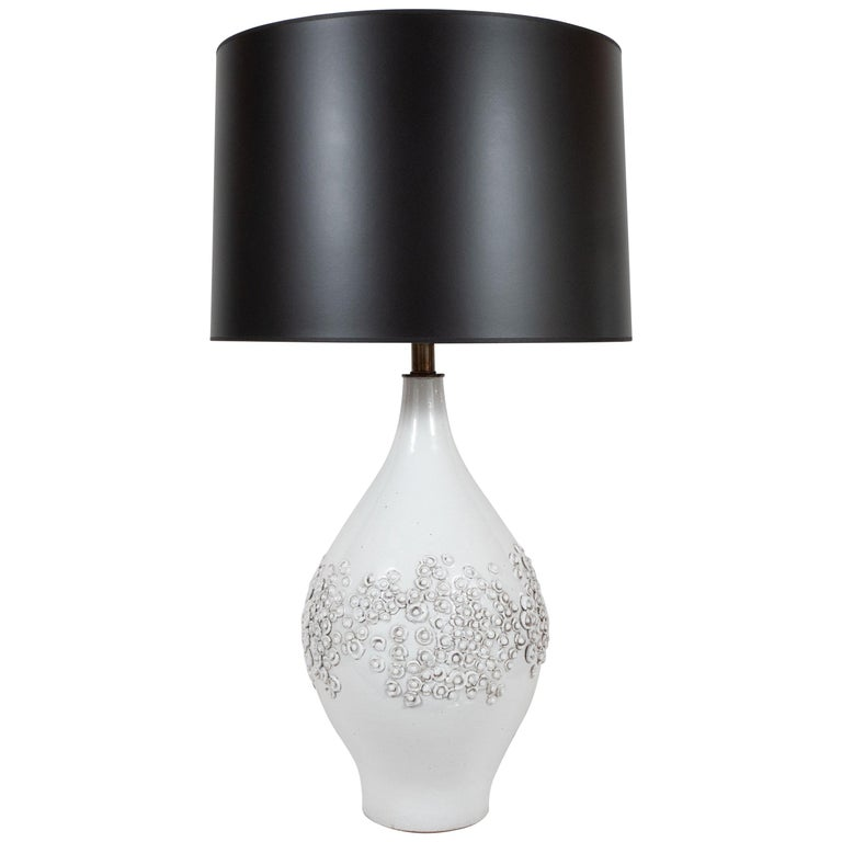 Mid-Century Modern Sculptural White Ceramic Table Lamp by Design Technics For Sale