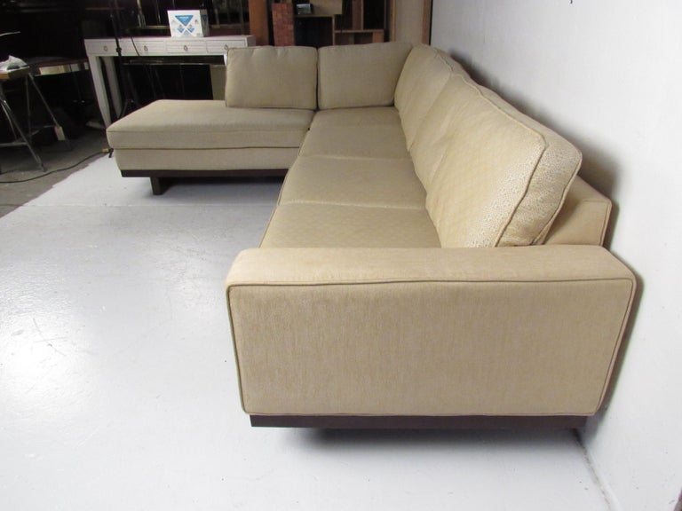 American Mid-Century Modern Sectional Sofa by Milo Baughman for Thayer Coggin For Sale