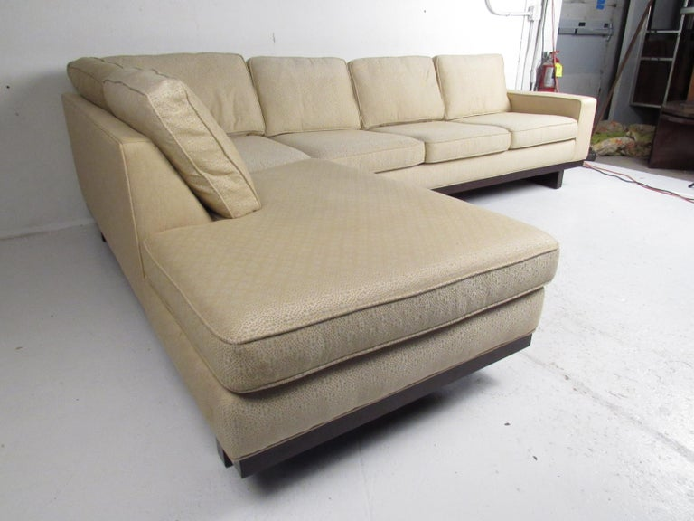 Mid-Century Modern Sectional Sofa by Milo Baughman for Thayer Coggin In Good Condition For Sale In Brooklyn, NY