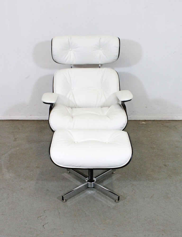 Mid-Century Modern Selig Eames Leather Lounge Chair and Ottoman In Good Condition In Wilmington, DE