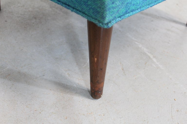 Mid-Century Modern Selig Pencil-Leg Lounge Chair For Sale 3