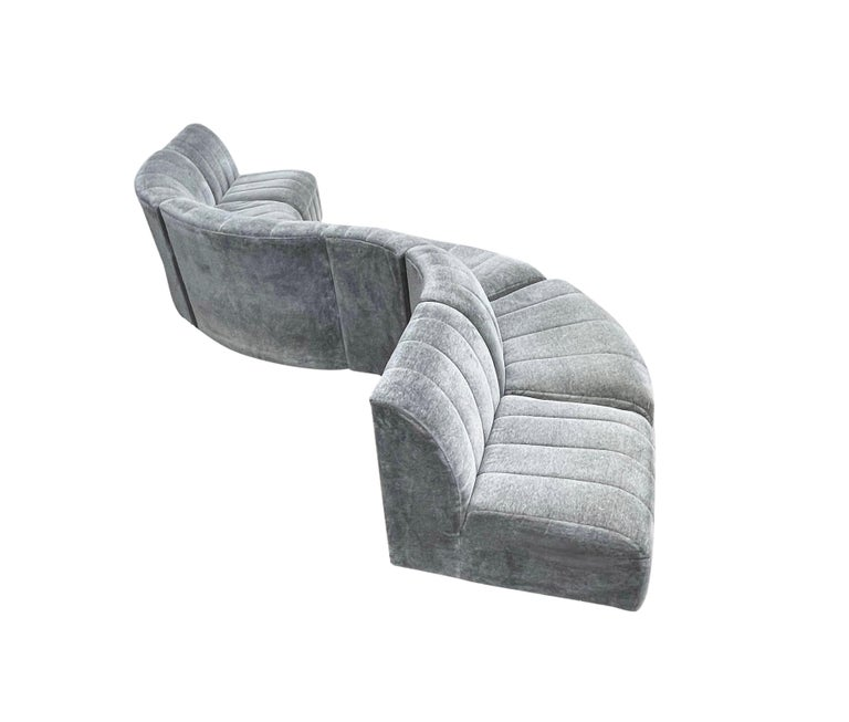 American Mid-Century Modern Serpentine Milo Baughman Modular Sectional Sofa in Gray For Sale