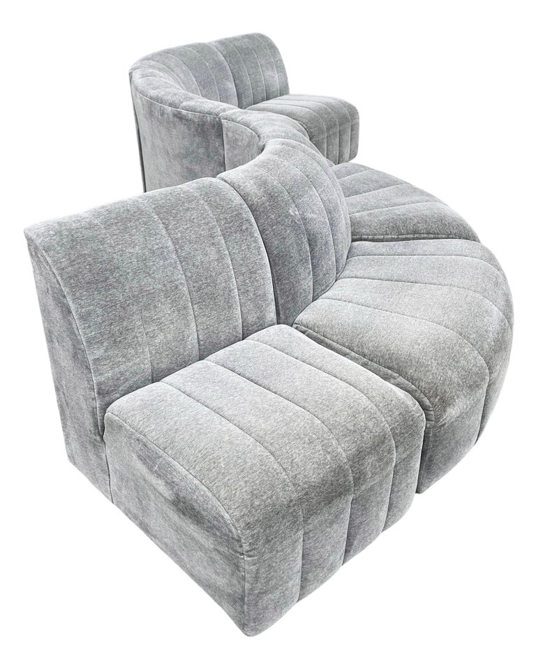 Mohair Mid-Century Modern Serpentine Milo Baughman Modular Sectional Sofa in Gray For Sale