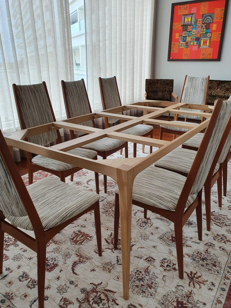 Mid-Century Modern Set of 8 Teak Dining Chairs Attributed to Johannes Andersen For Sale 2