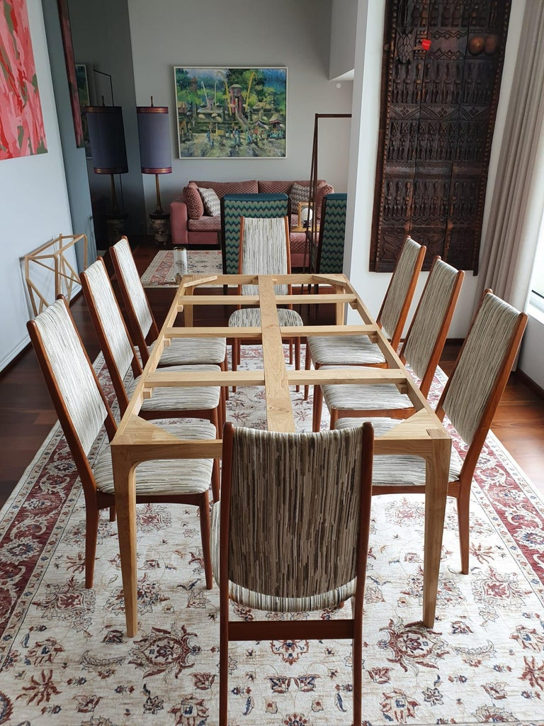 Mid-Century Modern Set of 8 Teak Dining Chairs Attributed to Johannes Andersen For Sale 3