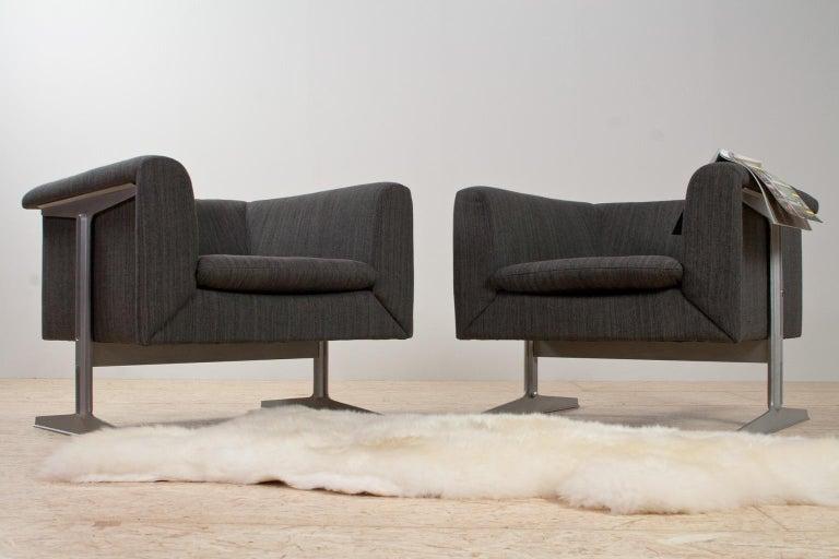 Dutch Mid-Century Modern Set of Chairs in Grey by Geoffrey Harcourt, Artifort, 1969 For Sale