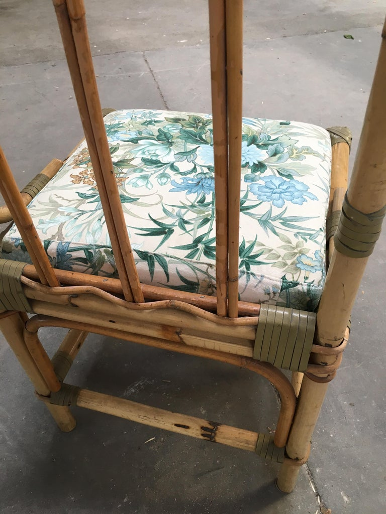 Mid-Century Modern Set of Four Bamboo Italian Chairs with Floral Cushions For Sale 7