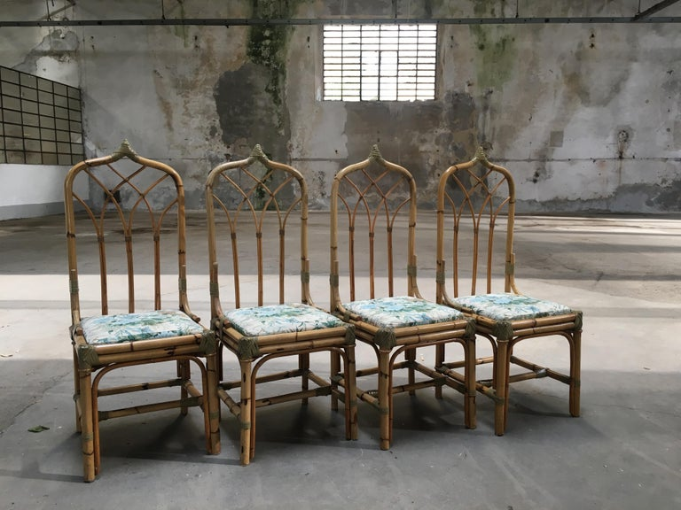 Mid-Century Modern Set of Four Bamboo Italian Chairs with Floral Cushions In Excellent Condition For Sale In Prato, IT