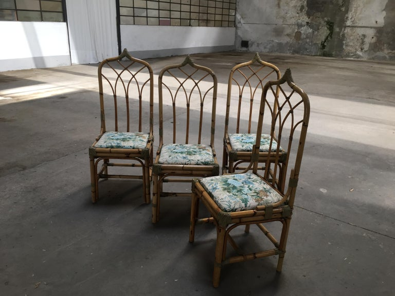 Mid-Century Modern Set of Four Bamboo Italian Chairs with Floral Cushions For Sale 1