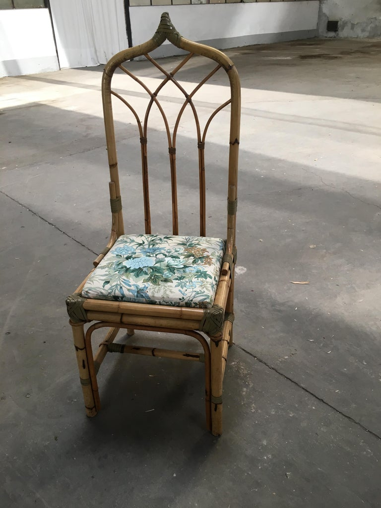 Mid-Century Modern Set of Four Bamboo Italian Chairs with Floral Cushions For Sale 4