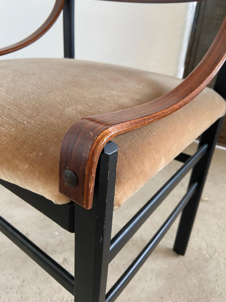 Mid-Century Modern Set of Four Danish Dining Room Chairs, 1960s For Sale 1