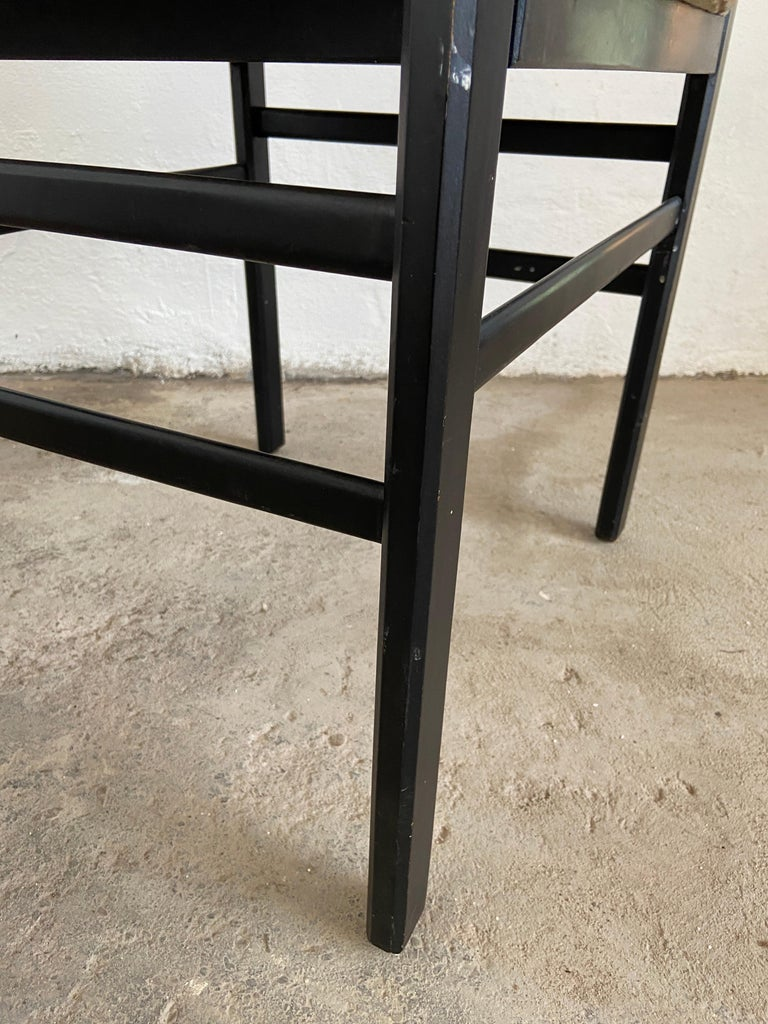 Mid-Century Modern Set of Four Danish Dining Room Chairs, 1960s For Sale 2