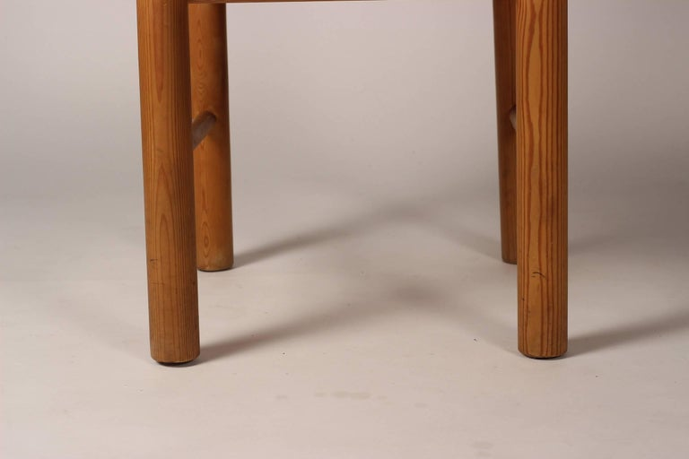Mid-Century Modern Set of Four Pine Danish Chairs by Rainer Daumiller For Sale 9