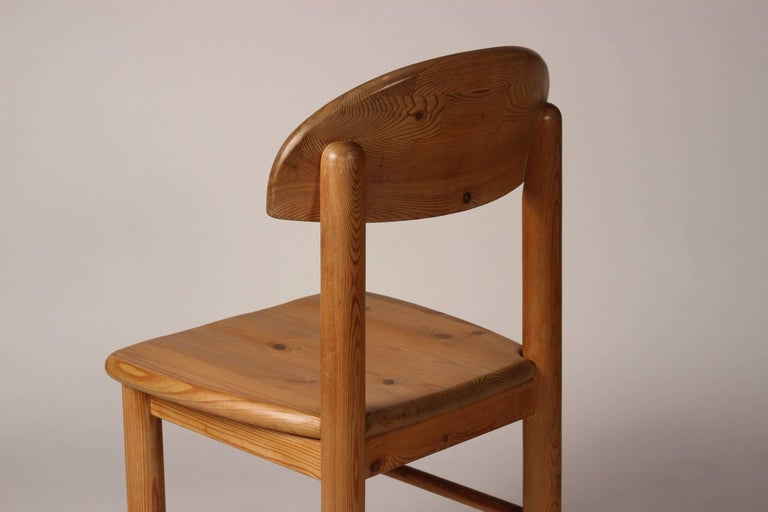 Mid-Century Modern Set of Four Pine Danish Chairs by Rainer Daumiller For Sale 10
