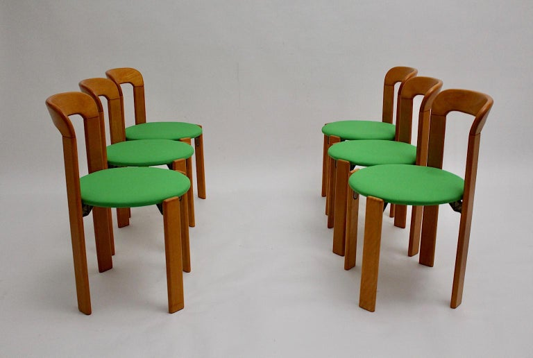 Mid-Century Modern Set of Seven Brown Wood Dining Room Chairs by Bruno Rey 1970s For Sale 2