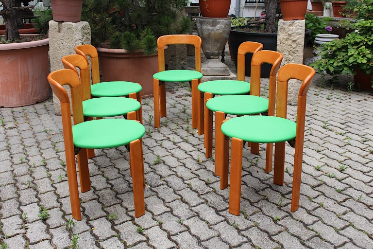 Mid-Century Modern Set of Seven Brown Wood Dining Room Chairs by Bruno Rey 1970s For Sale 3
