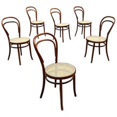 Mid-Century Modern Set of Thonet Chairs Model 214 with Vienna Straw, 1940s