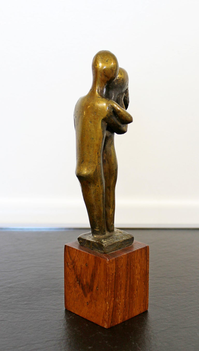 American Mid-Century Modern Signed Arthur Schneider Bronze Couple Sculpture Wood Base For Sale