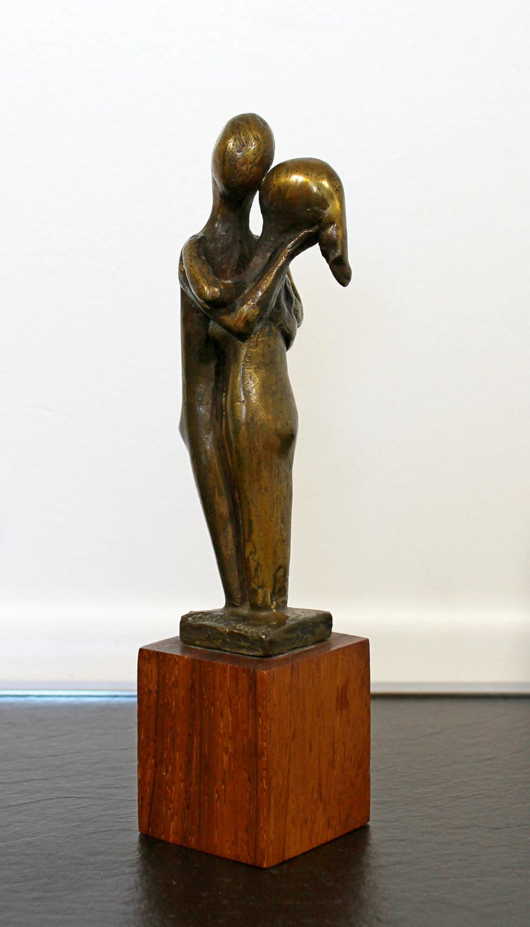 Mid-Century Modern Signed Arthur Schneider Bronze Couple Sculpture Wood Base For Sale 4
