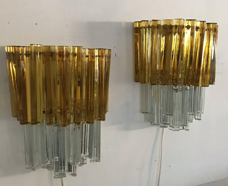 Italian Mid-Century Modern Signed Pair of Murano 'Asta Triedo' Glass Sconces by Venini For Sale