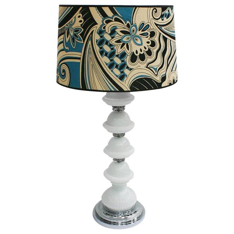 Mid-Century Modern Single Murano and Metal Italian Table Lamp For Sale