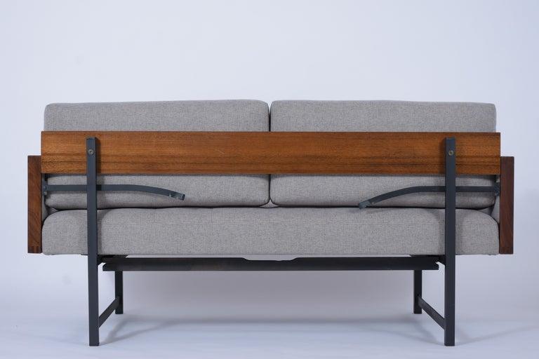 Vintage Modern Tufted Sofa For Sale 2