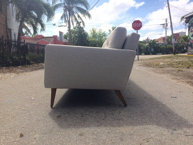 Mid-Century Modern Sofa in the Style of Paul McCobb, USA, 1950s In Excellent Condition For Sale In Opa Locka, FL