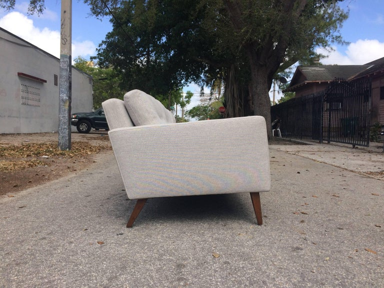 Mid-20th Century Mid-Century Modern Sofa in the Style of Paul McCobb, USA, 1950s For Sale