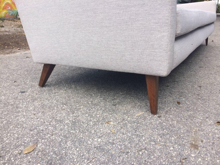 Fabric Mid-Century Modern Sofa in the Style of Paul McCobb, USA, 1950s For Sale