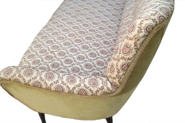 Mid-Century Modern Sofa Loveseat Settee Manner of Gio Ponti For Sale 1