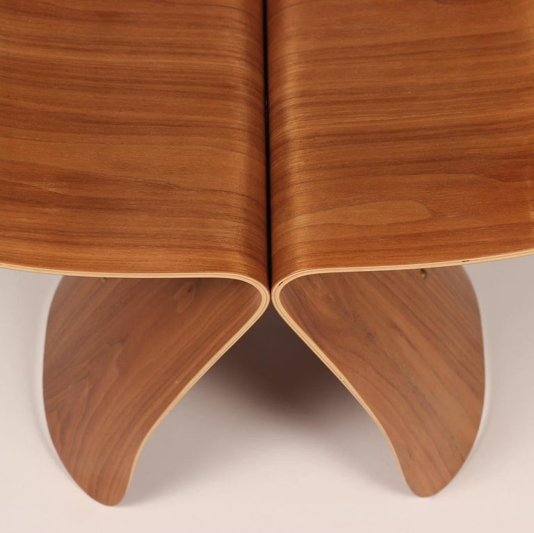 Mid-Century Modern Sori Yanagi Butterfly Stool in Walnut and Plywood 1