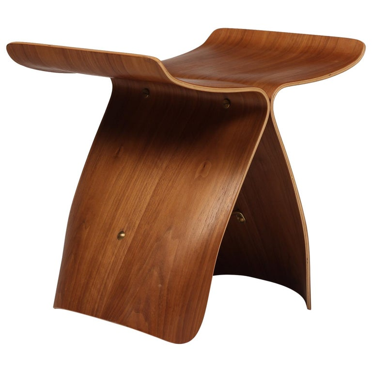 Mid-Century Modern Sori Yanagi Butterfly Stool in Walnut and Plywood