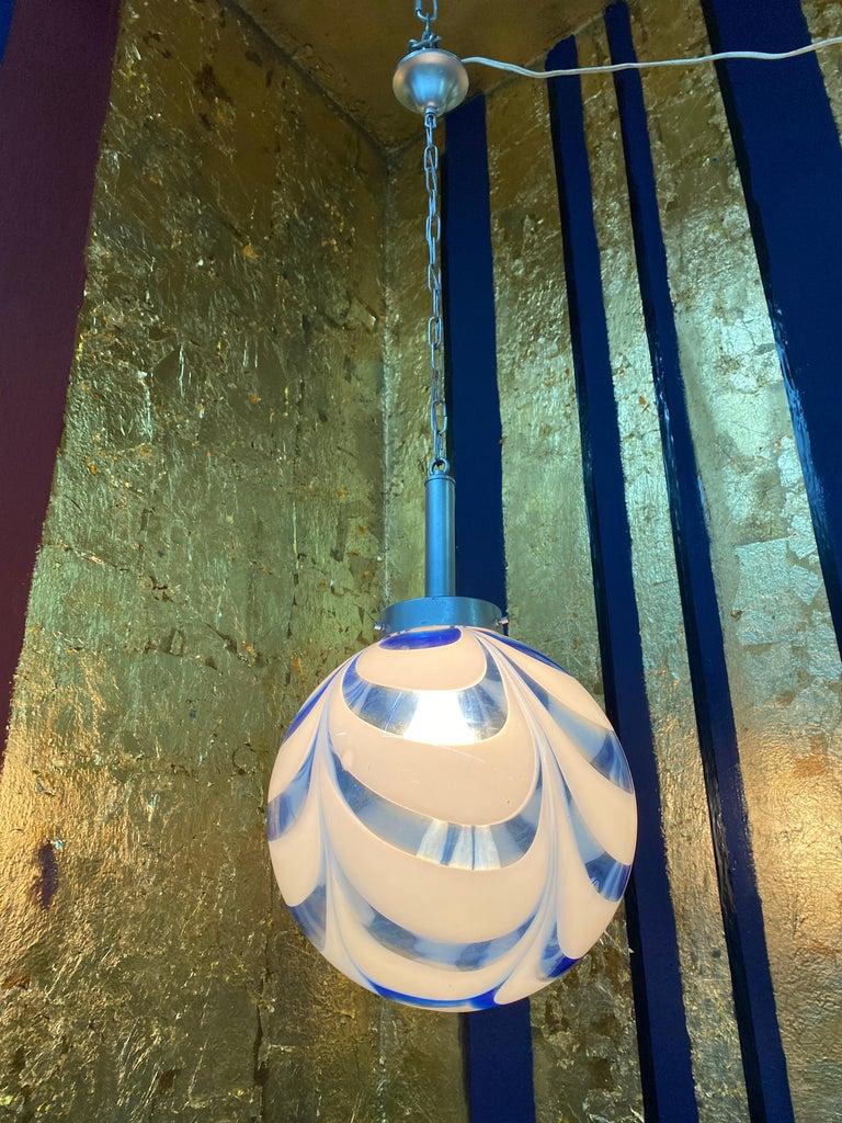 Mid-Century Modern Sphere Chandelier in Murano Swirl Glass by Venini, circa 1970 For Sale 6
