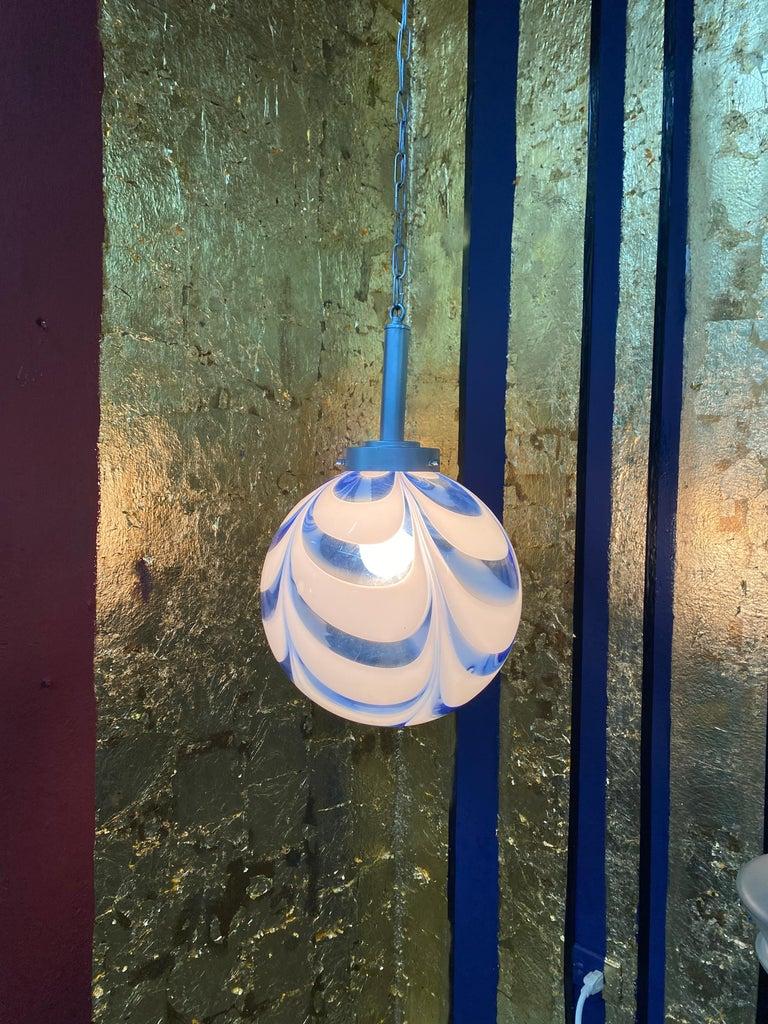 Mid-Century Modern Sphere Chandelier in Murano Swirl Glass by Venini, circa 1970 For Sale 8