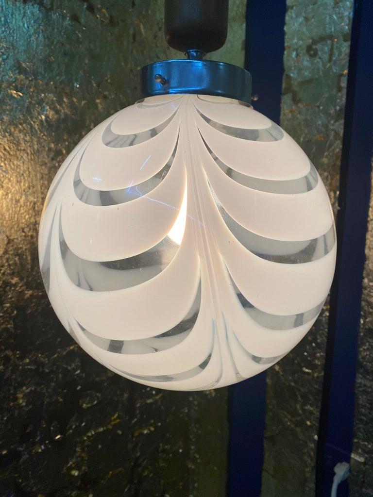 Mid-Century Modern Sphere Chandelier in Murano Swirl Glass by Venini, circa 1970 For Sale 9
