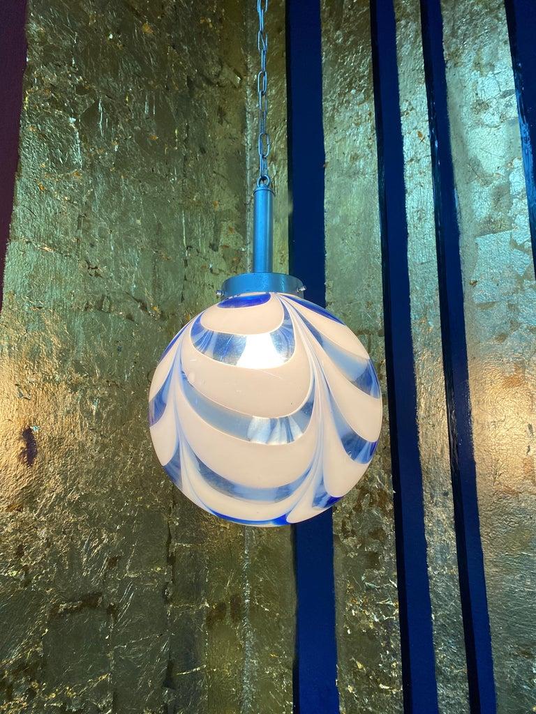 Mid-Century Modern Sphere Chandelier in Murano Swirl Glass by Venini, circa 1970 For Sale 2
