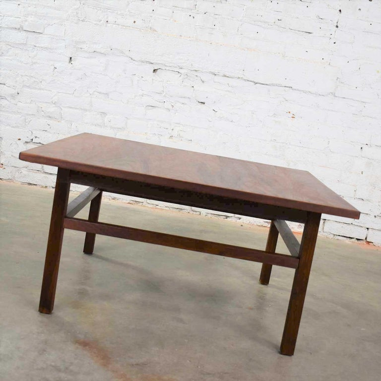 Mid-Century Modern Square Walnut Cocktail Coffee End Side Table Style Founders For Sale 7