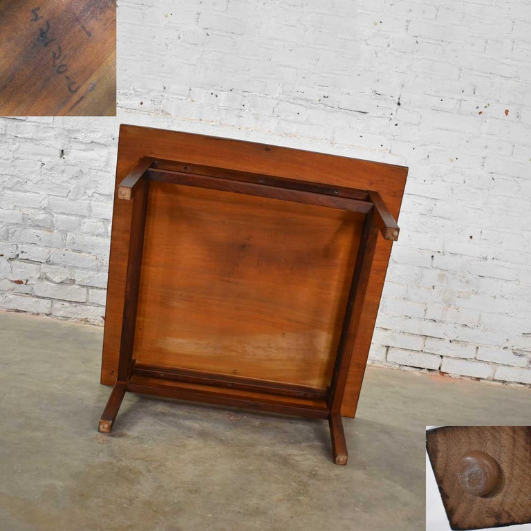 Mid-Century Modern Square Walnut Cocktail Coffee End Side Table Style Founders For Sale 11