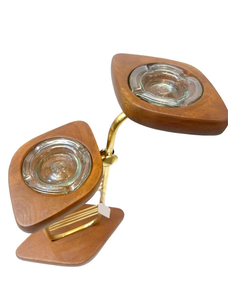 Mexican Mid-Century Modern Standing Set of Ashtrays in Mahogany and Brass from Mexico For Sale