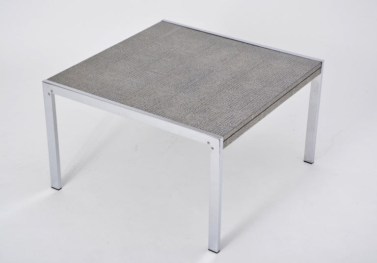 Mid-Century Modern Steel and Aluminium Coffee Table with Graphic Meander Pattern In Good Condition For Sale In Berlin, DE