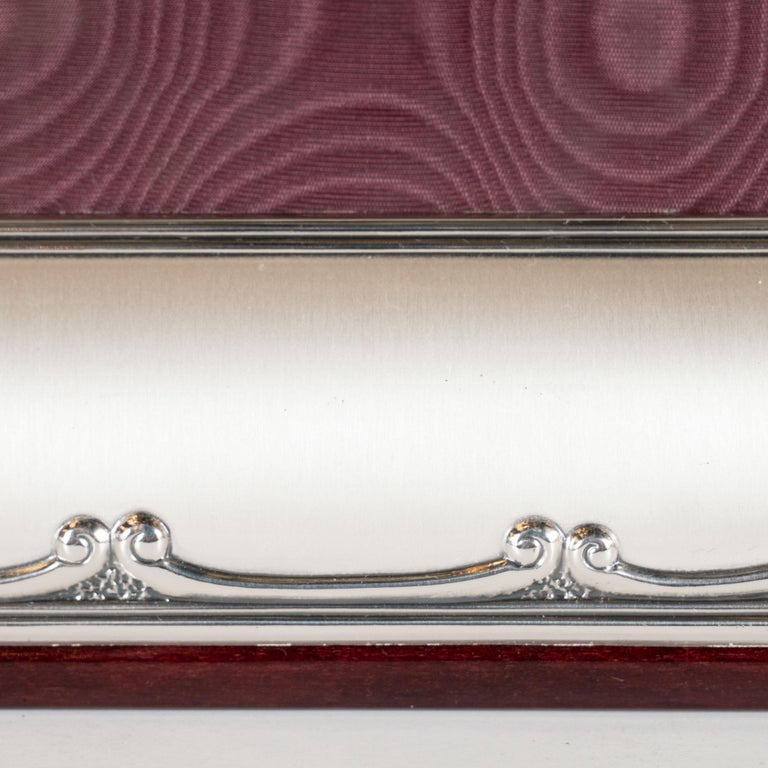 Late 20th Century Mid-Century Modern Sterling Silver Picture Frame with Mahogany Back by Sovrani For Sale