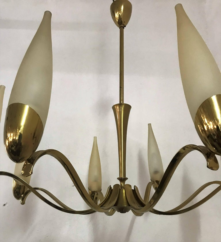 Mid-Century Modern Stilnovo Eight Light brass and Glass Chandelier, Italy, 1960 For Sale 2
