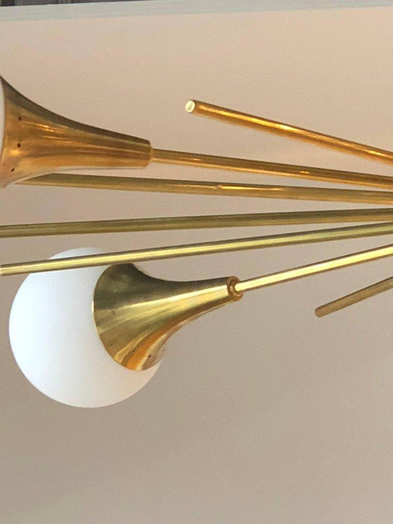 Mid-Century Modern Stilnovo Style Brass & White Glass Sputnik Chandelier, 1960s For Sale 6