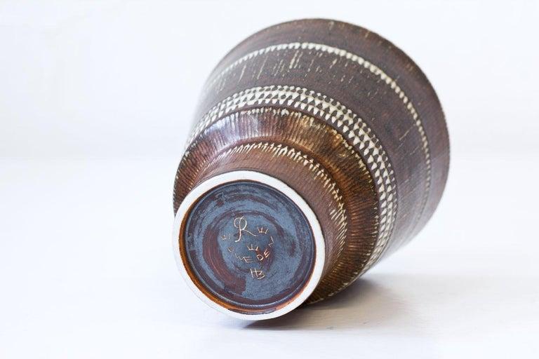 Swedish Mid-Century Modern Stoneware Vase by Hertha Bengtson for Rörstrand, Sweden For Sale