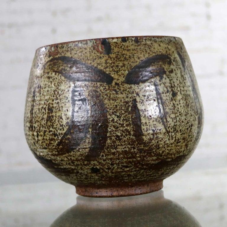 American Mid-Century Modern Studio Ceramic Stoneware Pot by Mark Zamantakis For Sale