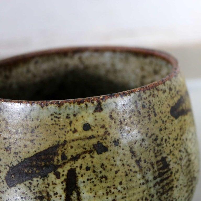 Mid-Century Modern Studio Ceramic Stoneware Pot by Mark Zamantakis For Sale 3