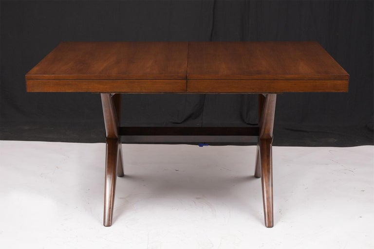 Mid-20th Century Mid-Century Modern Lacquered Walnut Dining Table For Sale