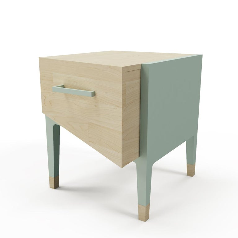 Mid-Century Modern Style Nightstand or End Table in Solid Wood For Sale 1