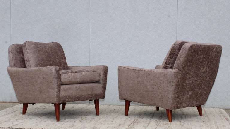 Mid-Century Modern Swedish Lounge Chairs by DUX 2