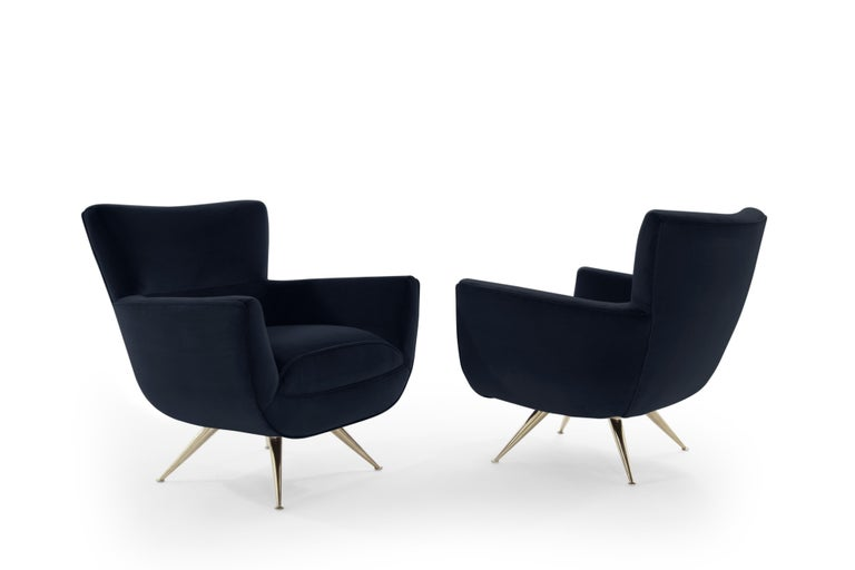 American Mid-Century Modern Swivel Chairs by Henry Glass in Navy Velvet For Sale